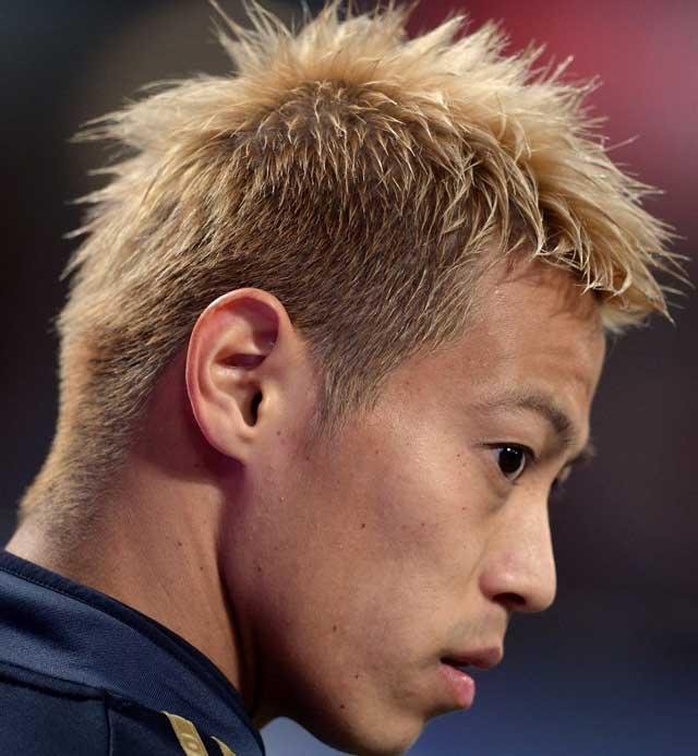 本田圭祐の横から見たヘアスタイル